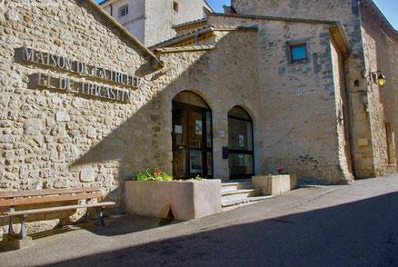 Trüffelmuseum - Maison de la Truffe und du Tricastin 1986 eröffnete die Region Tricastin, die stolz darauf ist, Trüffel zu produzieren, das Maison de la Truffe et du Tricastin.
