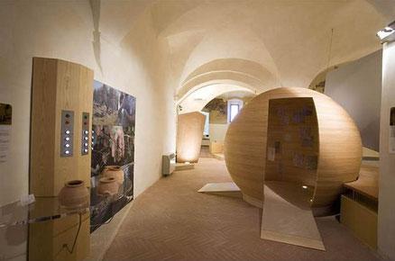 Trüffelmuseum -Museo del Tartufo in San Giovanni d'Asso - Das Trüffelmuseum von San Giovanni d'Asso, ein kleines und charakteristisches Dorf zwischen Kreta Senesi und Val d'Orcia, ist das erste italienische Museum