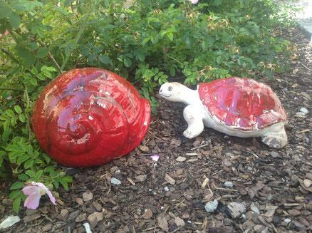 sehr große Schildkröte 45,-  Schneckenhaus 49,-
