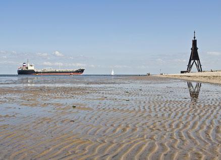 Bild: Das Watt vor der Kugelbake in Cuxhaven- Spaziergang von den Ferienwohnungen der Residenz Meeresbrandung in Cuxhaven Duhnen
