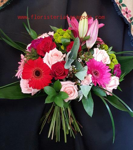 Ramo de flores variadas XL