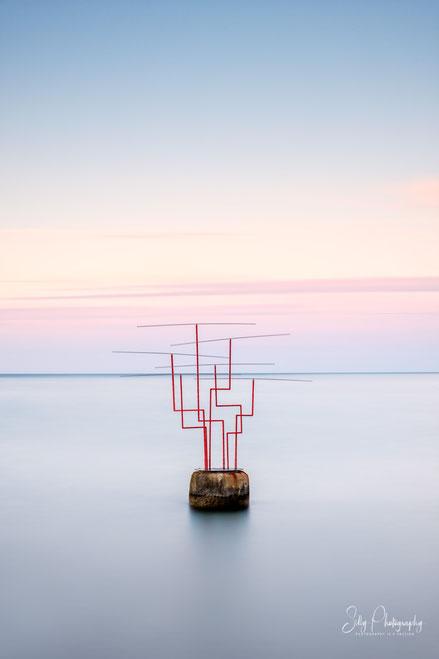 """Travemünde, Skulptur """"Horizonte"""", Ostsee, Langzeitbelichtung, 2020, © Silly Photography"""
