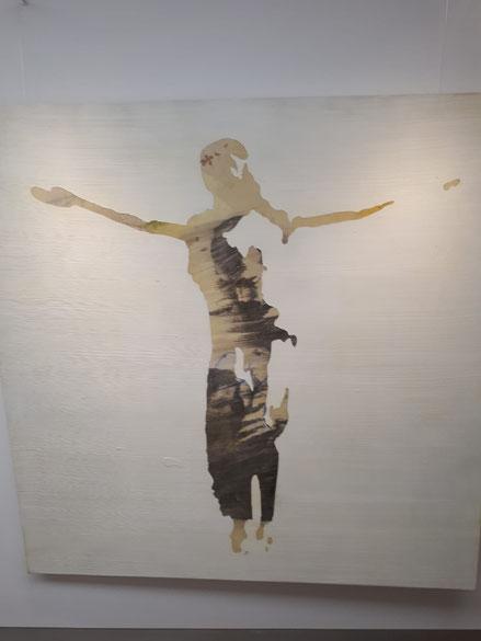 David López. NOWA HUTA.140x140cm.Técnico mixta sobre madera. Con la silueta del Crucificado, que acoge en su interior figuras más cotidianas creamos lo que podríamos llamar liturgias de lo cotidiano.