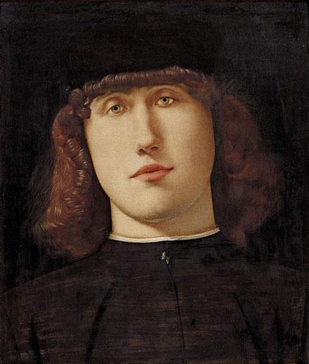 Retrato de joven 1498.Óleo 34x27cm.Academia de Bérgamo. El fondo negro focaliza la atención en su rostro adolescente caracterizado como soñador y enimático.Perfección técnica. El reverso presenta una representación original un mármol que emula el jaspe.