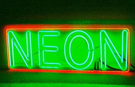 Neon Berlin //Neon Hersteller