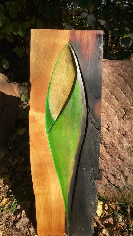 Kirschbaum mit Farbpigmenten, Öl und Feuer