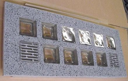 Bild: Lichtschachtabdeckung Lichtschacht-Abdeckungen Glasstein Glasstahlbeton glasbausteine-center glasbausteine-center.de Lichtschachtabdeckungen Lichtschacht-Abdeckung Glassteindecke Glasbausteindecke Terrasse Eingang Glasbaustein Licht betoni lasit bet