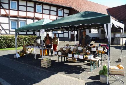 Verkaufsstand auf unserem Hof zur Klosterwiesn 2013 in Fredelsloh