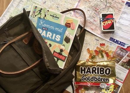 Stadtplan, Metro, Paris, Tasche, Haribo, Gummibärli, Uno, Spiel, alles dabei