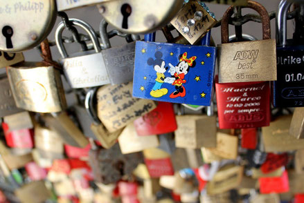 Cologne top things to do - Love locks - Copyright  Rachel Titiriga