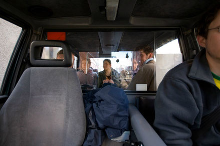 Belfast top things to do - Black Cab Tour - Copyright Florian Knorn