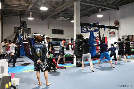 公式戦もできるサイズのリングなど練習道具も充実してます