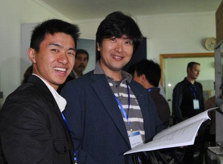 中国に国際シンポジウムに招待された際の学生との交流。2010年11月杭州市・浙江大学にて。