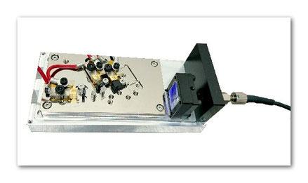 半導体レーザのファイバーカップリングモジュール