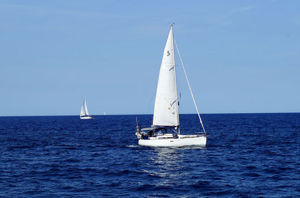 MAG Lifestyle Magazin Urlaub Reisen Yacht Yachturlaub Yachting Hobby Sport Alternative Wohnmobil Corona Luxus Freiheit Yachtcharter in Kroatien Segelyacht Segelboot