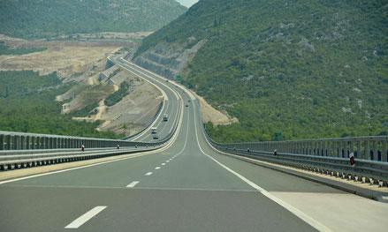 MAG Lifestyle Magazin Kroatien Dalmatien Urlaub Reisen Adria Küste Zadar Split Makarska Dubrovnik Autobahn