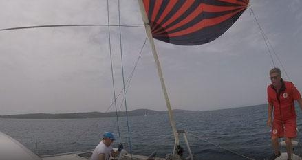 20 Kn Wind, Katamaran Mitsegeln, Katamaran Mitsegeln Mittelmeer, Katamaran Mitsegeln Atlantik, Katamaran Hochseesegeln, Aktiv Mitsegeln, Katamaran Mitsegeln Segeltörn,  Katamaran Atlantiküberquerung