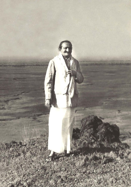 Meher Baba on Seclusion Hill ; photo by Panday