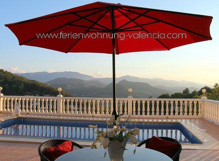 Ferienwohnung Valencia in der Villa Gandia Hills, Blick auf die Berge von Monterrey (Spanien) im Oktober 2014