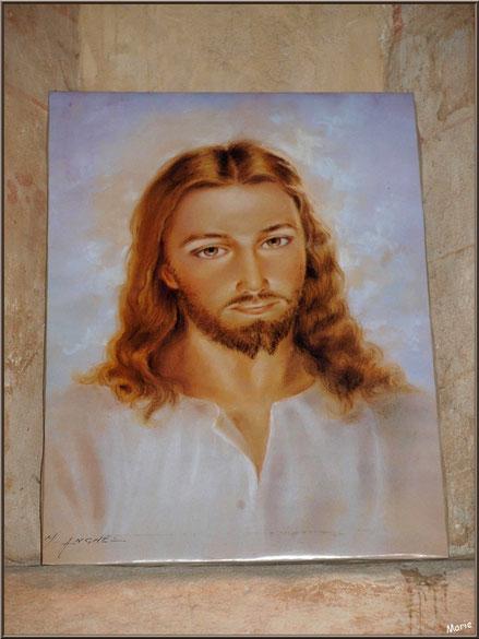 Eglise St Michel du Vieux Lugo à Lugos (Gironde) : ex-voto, peinture du Christ déposée par un visiteur ou pénitent