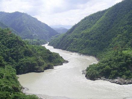 Viraja (rein-sauber-scheinend) ist identisch mit dem Ganges