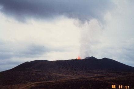 1986年11月17日噴火遠望写真