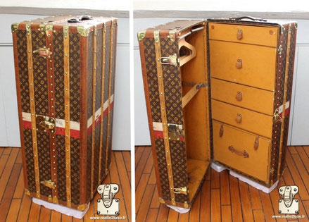 Malle wardrobe Louis Vuitton - Monogram Extérieur : Toile monogramme LV pochoir Mark 2 Bordure : lozine Coins : Laiton Intérieur :Double penderie  115 cm x 46 cm x 56 cm