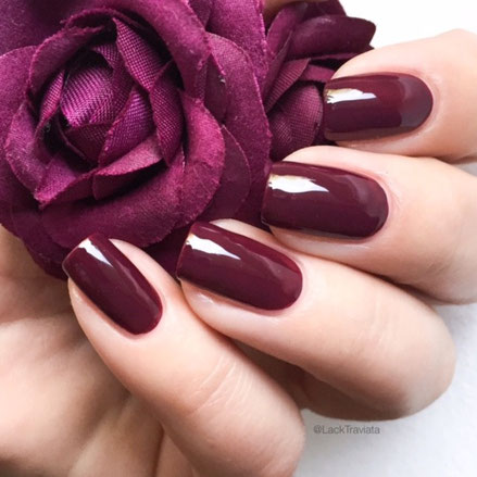 swatch essie in the lobby by LackTraviata