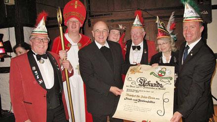 2017: Der Bischof von Münster, Dr. Felix Genn (3.v.l.)