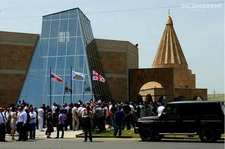 Езидские борцы с ИГИЛ прибыли в Грузию на построение храма