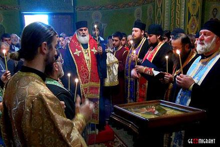 Из Таганрога в Грузию передана икона с мощами старца Павла