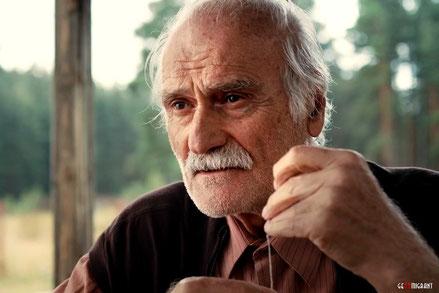 Легенде грузинского кино Кахи Кавсадзе исполнилось 80 лет
