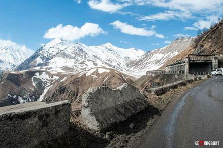 «Военно Грузинская дорога» попала в список 10 самих невероятных дорог мира