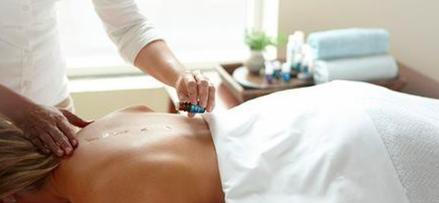 Aroma-Wellness-Massage