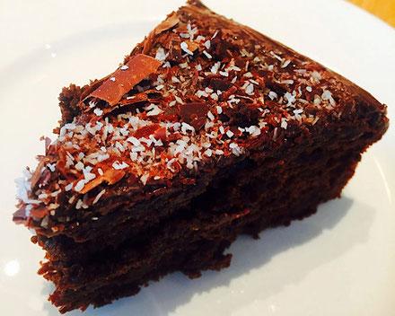 vegan chocolate cake loudon's cafe and bakery edinburgh scotland