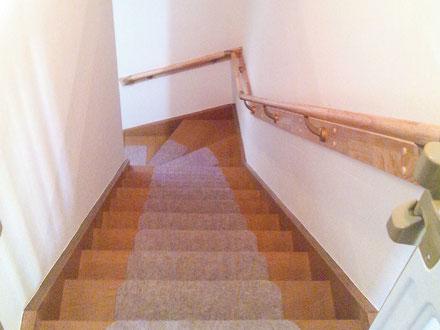 低価格でできる千葉市の外壁塗装・屋根修理手すり、バリアフリー、ドアを開き戸になど