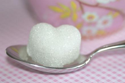 Zucker in Herzform