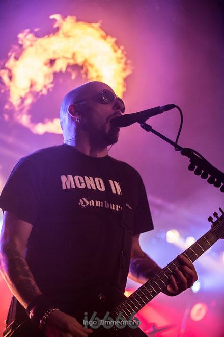 Carl Fornia - Gitarrist bei Mono Inc.