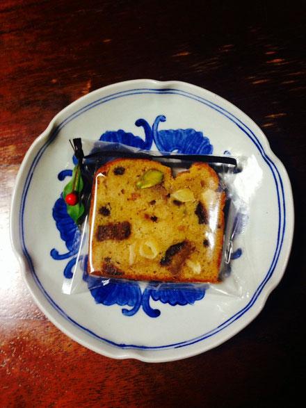 ラム酒の効いたクリスマスパウンドケーキ