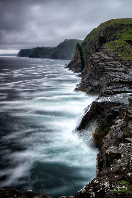 Färöer / Faroe Island, Trælanipa, Bøsdalafossur, Langzeitbelichtung, 2017, © Silly Photography