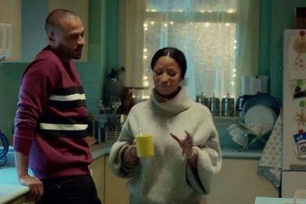 Jesse Williams et Nicki Minaj, parents et personnages féériques dans la campagne de Noël de H&M lifestyle actu