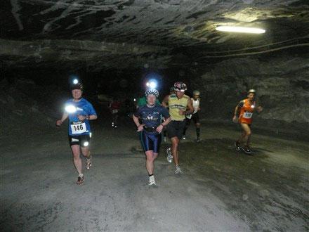 Quelle: http://moengel.blogspot.de/2011/02/5kristallmaraton-merkers.html