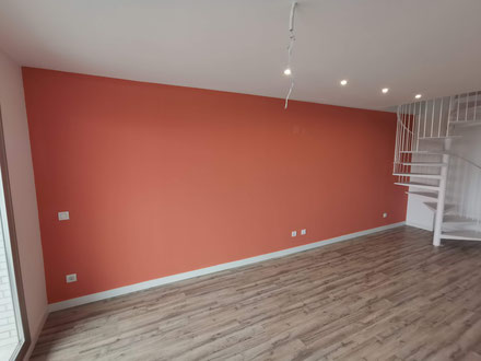 Pintamos su piso al mejor precio de todas las empresas de pintores. Pintserceba somos líderes en precios económicos y competitivos.
