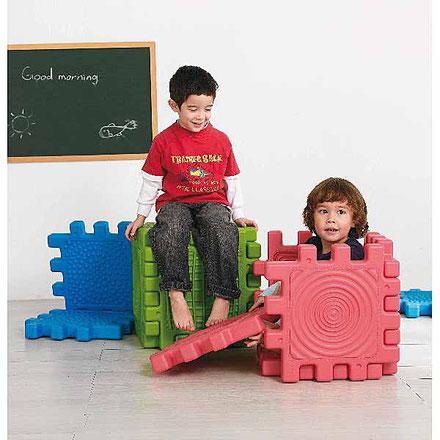 6 blocs tactiles, jeux d'assemblage et de construction