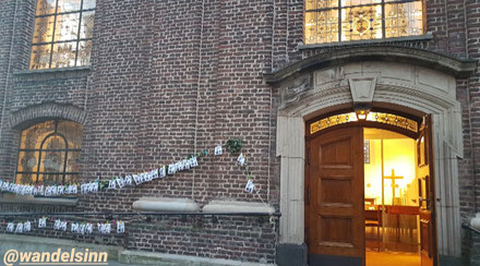 Ostergrüße in Tüten, Heilig-Geist-Kirche