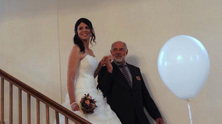 BILD: Braut mit Vater