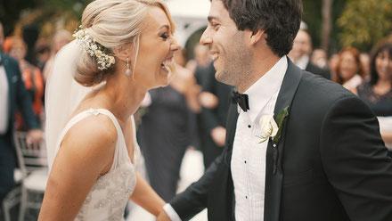 Glückliches Brautpaar Hochzeitsmovie
