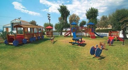 Negativ: Leider keine Schattenplätze beim Spielplatz