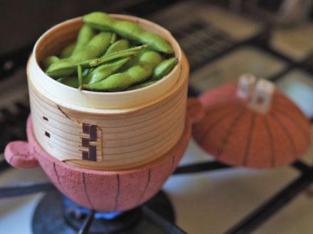 枝豆をひとりぶん/ミニミニ土鍋(せいろで蒸し料理)