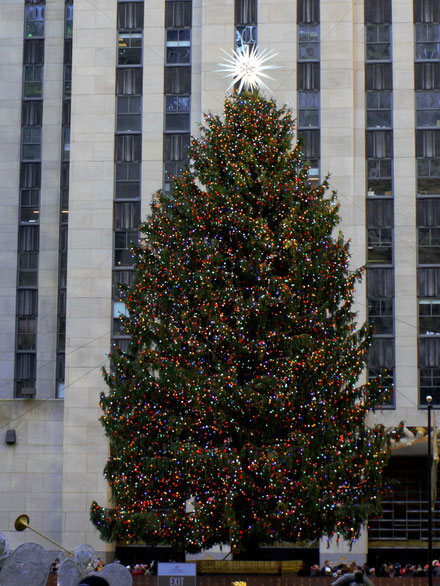 Der Weihnachtsbaum beim Rockefeller Center in New York City.
